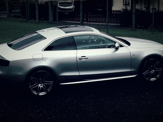 Audi S5 V8
